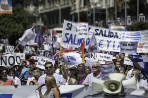Marche En Madrid En Solidaridad Con Greciay por El No(OXI)-Adolfo Lujan cc-by-sa-nc